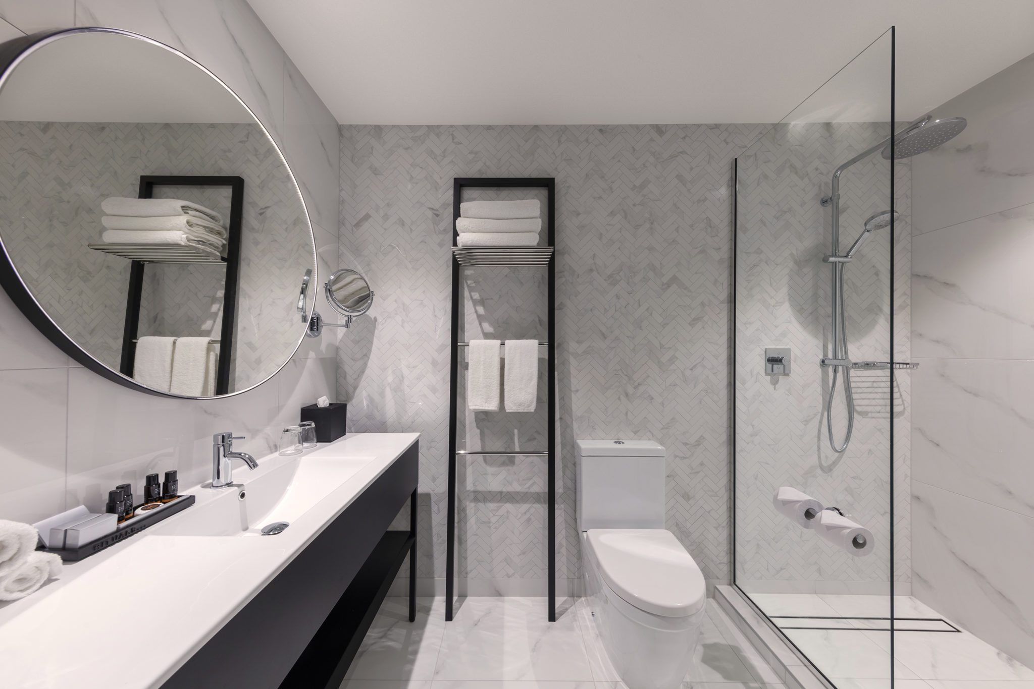 Modern and Stylish Bathroom at Crowne Plaza Christchurch Hotel & Accommodation